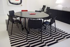 Wilkhahn table and chairs showroom