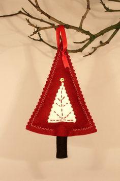 Pretty Red Felt Christmas Tree Decoration