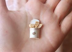 Dollhouse Miniatures, Miniature Food Jewelry, Craft Classes: Dollhouse Accessories - Kitchen Utensils Holder