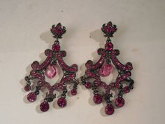 Joan+Rivers+Fuschia+Pink+Rhinestone+Chandelier+Drop+Earrings+#JoanRivers+#Chandelier