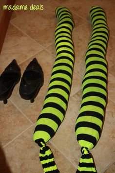 DIY+Witch+Decorations   Homemade Outdoor Halloween Decorations: DIY Witch Legs