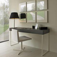Mesa cónsola con espejos y silla blanca Home Projects, Office Desk, Corner Desk, My House, Bedrooms, Decorations, Furniture, Design, Home Decor