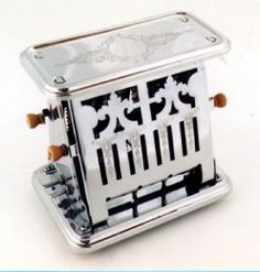 My mother used a toaster like this when I was young. We ate a lot of burned toast.