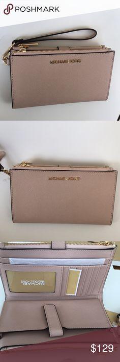 a1e584227fc23e Michael Kors Jet Set double zip wristlet wallet Authentic guaranteed!! Michael  Kors Jet Set travel double zip wristlet Saffiano leather Ballet color Gold  ...