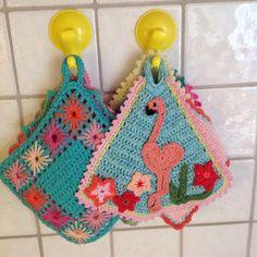 Flamingo potholder crochet