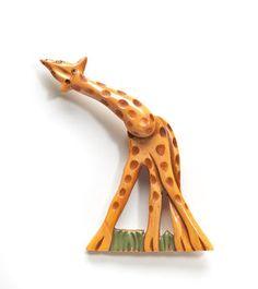 Bakelite Giraffe Brooch With Moveable Head