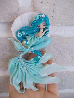 mermaid by lapetitedeco Polymer Clay Mermaid, Polymer Clay Kunst, Polymer Clay Figures, Cute Polymer Clay, Polymer Clay Animals, Cute Clay, Polymer Clay Dolls, Polymer Clay Projects, Polymer Clay Charms