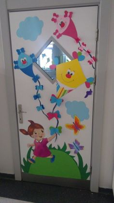 45 brilliant diy classroom decoration ideas & themes to inspire you 23 ~ Design And Decoration Preschool Door, Preschool Classroom Decor, Classroom Door, Preschool Crafts, Board Decoration, Class Decoration, Toilet Paper Roll Crafts, Paper Crafts, School Door Decorations