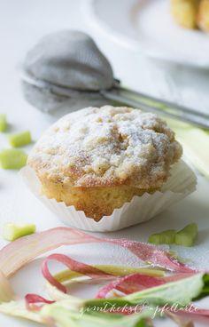 Rhabarber-Muffins mit Vanillestreuseln - Zimtkeks und Apfeltarte