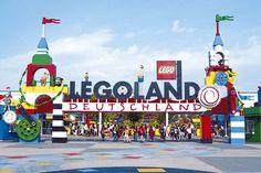 Dieser Campingplatz ist ein klarer Fall für alle Lego-Fans – und der Freizeitpark liegt auch nur wenige Gehminuten vom Campingplatz entfernt.
