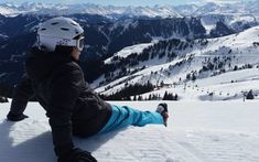 Why Book Ski Resort Holidays? Us Travel, Places To Travel, Places To Visit, Travel Destinations, Outdoor Yoga, Location Chalet, Top Ski, Why Book, Ski Vacation