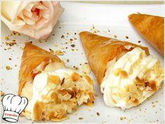 ΤΡΙΓΩΝΑ ΠΑΝΟΡΑΜΑΤΟΣ!!! - Νόστιμες συνταγές της Γωγώς! Greek Desserts, Party Desserts, Greek Cooking, Deserts, Ethnic Recipes, Food, Essen, Postres, Meals