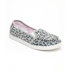 Roxy Anvil Leopard Lido II Slip-On Shoe ($23) ❤ liked on Polyvore featuring shoes, leopard print slip-on shoes, synthetic shoes, slip on shoes, canvas shoes and pull on shoes