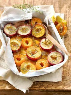 Nectarines, pêches et abricots rôtis au thym - Des fruits d'été rôtis pour un dessert d'été léger et gourmand à la fois...