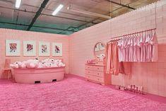 artist cj hendry created a monochrome pantone dream house Boutique Interior, Cafe Interior, Interior Barn Doors, Nordic Interior, Monochrome, Monochromatic Room, Girls Dressing Room, Dressing Rooms, Cj Hendry