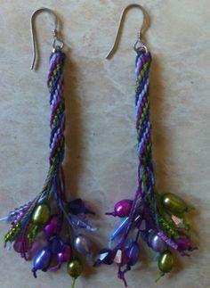 Kumihimo Earrings com pérolas - de CLAIRE DAVIDSON