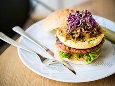 Kimchi Burger with Teriyaki glaze and omlette at Ludwig (Das Burger Restaurant), Salzburg, Austria