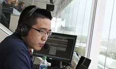 Illinois launches Chinese-language broadcasts of football games | Sport | The Guardian