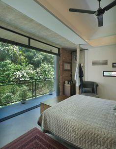 Casa Menerung  / Seshan Design Sdn Bhd