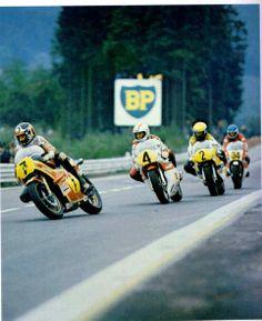 Barry Sheene Cecotto Kenny Roberts and Boet van Dulmen Old School Motorcycles, Racing Motorcycles, Racing Bike, Grand Prix, Valentino Rossi, Motogp Race, Motorcycle Racers, Real Racing, Japanese Motorcycle