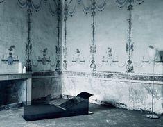 I-Beam Bench by GlasItalia - Via Designresource.co