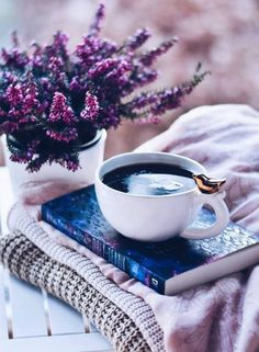 Purple Theme #literaturelove #lovereading #bookslove #novels #reader #photography #booklovers #coffeelovers #flowers #purplephotography #floralphotography Acai Bowl, Positive Thoughts, Feel Better, Tea Cups, Blessed, Farmhouse Teacups, Tea Cup, Teacup, Affirmations