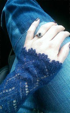Lace Knitting, Knitting Stitches, Knitting Designs, Knitting Patterns, Lace Cuffs, Lace Collar, Crochet Needles, Knit Crochet, Crochet Tools