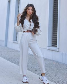 Girls Fashion Clothes, Teen Fashion Outfits, Girl Fashion, Cute Casual Outfits, Stylish Outfits, Selfie Foto, Look Chic, Aesthetic Clothes, Nice Weekend