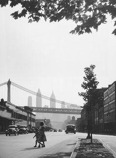 Manhattan, 1940's Photo: Rebecca Lepkoff