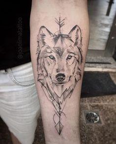 Lobo com Flecha #TatuagemLobo #Lobo #Arrow #WolfTattoo #Tattoo2Me #TatuagemMasculina #InkStinctOfficial #GattoMattoTattoo #TattooGuest…