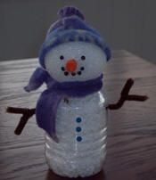 Bottle Belly Snowman - Make this adorable snowman from a recycled water bottle and some fleece. He's a fun kid's winter craft! Make him for Christmas then keep him out all winter to decorate your home.    Read more: http://www.craftelf.com/Craft_elf_holiday_Christmas_Bottle_Belly_Snowman.htm##ixzz21PcxjEWy