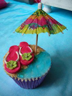 Summer cupcake: flip flops
