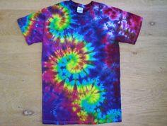 Tie Dye Happy Swirls Size Small by tiedyetodd on Etsy Tie Dye Patterns, Crochet Patterns, Moda Tie Dye, Tie Dye Folding Techniques, Tie Dying Techniques, Diy Tie Dye Designs, Ty Dye, Diy Tie Dye Shirts, Bff