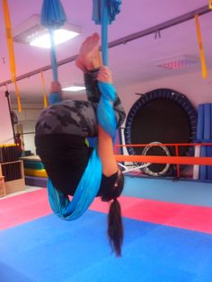 Aerial yoga-pilates
