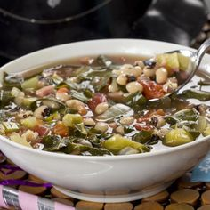 New Year's Soup Mr Food Recipes, Soup Recipes, Cooking Recipes, Slow Cooker Soup, Slow Cooker Recipes, Crockpot Recipes, Homemade Chicken Soup, Canned Chicken, Gourmet