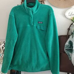 Excellent condition See pics- Pretty much like new, I just added pics with the tiniest of flaws jic. Just have the pics with a thread sticking out a bit on sleeve and a piece seemed a bit out of place on back. Smoke and pet free Cleaning out this sweater because my style changed No trades. Current price firm. Offers welcome #patagonia #euc #outdoor Patagonia Fleece Jacket, Patagonia Better Sweater, Cool Sweaters, Flaws, Smoke, Cleaning, Pullover, My Style, Pretty