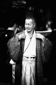 Man in traditional dress, Japan. Image viaSparkling World on Flickr.