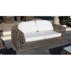 http://www.vivalagoon.com/3675-16917-thickbox_default/skyline-design-dynasty-sofa.jpg #skylinedesign #skyline #outdoorfurniture #gardenfurniture #garden #outdoor #designer #contemporary