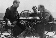 Tristan Tzara y Lenin -