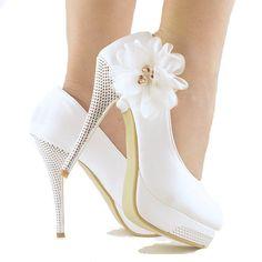 White Bridal Shoes Flower Stiletto Party Banquet High Heel Wedding Pumps #KISS #Stilettos
