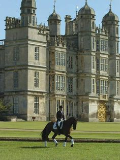 Story || An English Manor ||