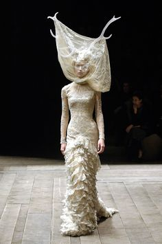 Tulle and lace dress with veil and antlers.  Alexander McQueen, Widows of Culloden, Autumn/Winter 2006–2007.