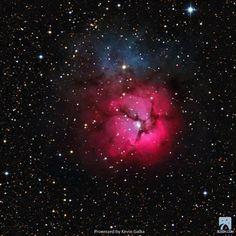 Slooh member mission of M20 Trifid Nebula, Canary Islands observatory, May 21st.