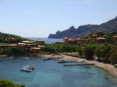 #Girolata... So green and blue !    Le golfe de Girolata et la réserve de Scandola non loin. Admirez ce vert et ce bleu...    Pour un hôtel près de Porto ou Piana, rendez-vous sur www.la-corse.travel :)
