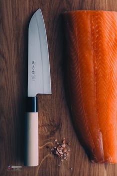 Japanese chefs knife product photography by Luce Pictor Studio Knife Photography, Product Photography, Cooking Photography, Cooking Wine, Fun Cooking, Best Chefs Knife, Food Wallpaper, Galaxy Wallpaper, Japanese Kitchen Knives