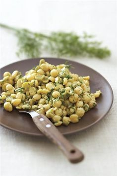 Amateur Cook Professional Eater - Greek recipes cooked again and again: Summer fully herbed chickpeas salad