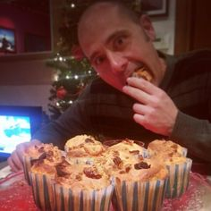 Muffins with apples and muesli