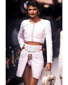 """""""Helena Christensen for CHANEL Spring/Summer 1995 """""""