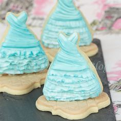 Have your style and eat it too!,Fondant ruching step by step tutorial!