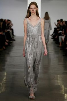 Lord of the Rings Fashion  , Dress for a Lothlorien elf - Calvin Klein